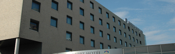 verboden hotel escort donkere huid